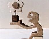 sculpture bois, pour offrir une p'tite fleur en bois