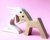 une femme un chien version 2; sculpture bois chantournée