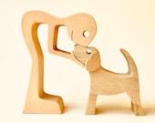 un homme un beagle ; sculpture bois chantourné