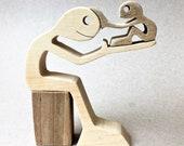 consolation ; sculpture bois chantourné