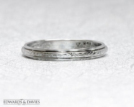 Antique White Gold Engraved Ring | Antique Hand En