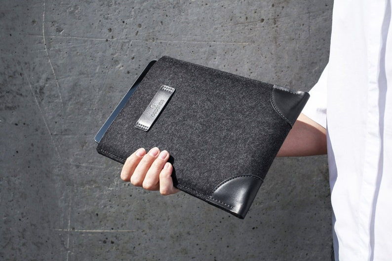 NEW 13\u201d MacBook Pro M1 COCONES Classic MacBook Pro 13 inch Sleeve 2020 Sleeve Case Leather Felt