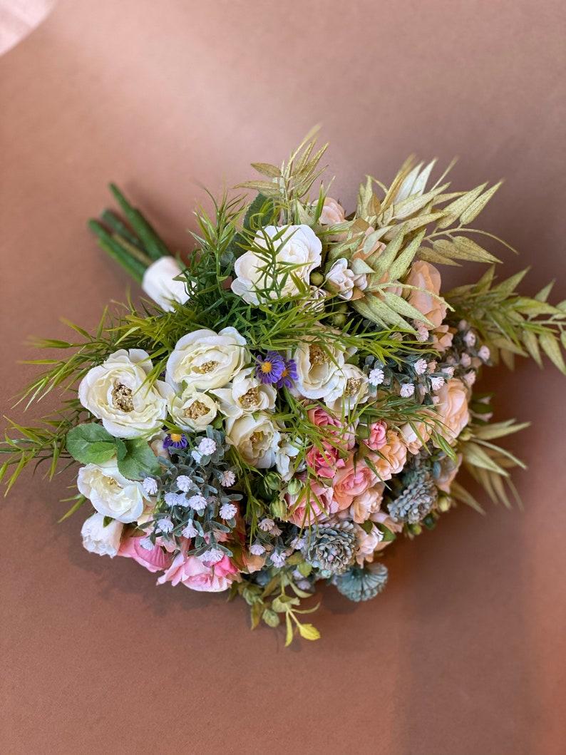 White blush wedding bouquet bridal bouquet of flowers bridesmaids bouquet wedding flowers boho fall wedding bride bouquet for weddings