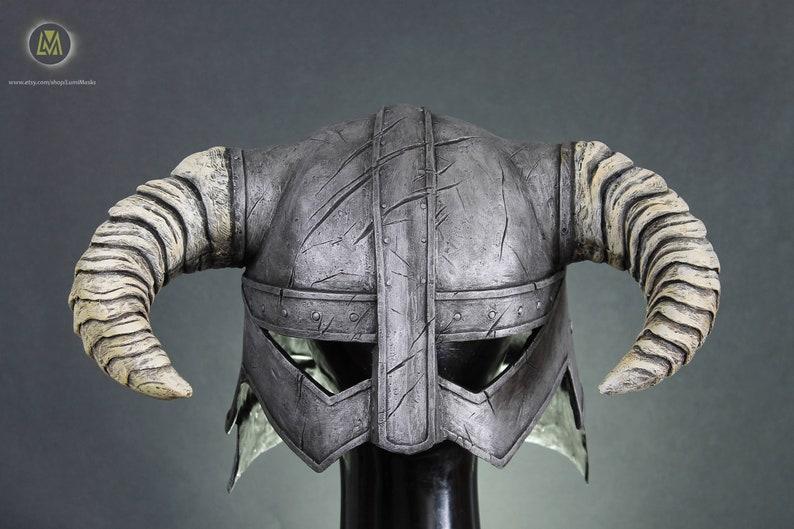 The Elder Scrolls V Skyrim Dovahkiin iron helmet dragonborn  a1e9a0a2d9