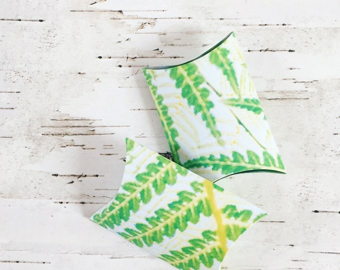 Pillow box, tropical pillow box, tropical favour boxes, party favour boxes, fern patterned box, gift boxes, gifts for her, floral pillow box