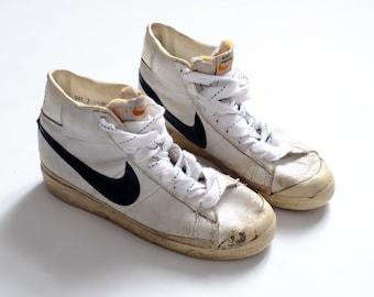 a86b55b94bb Vintage 1979 Nike Blazer basketball shoes - 70s - Made in Korea sz 7