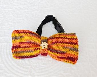 KNITTED FALL BOWTIE, Knitted Fall Dog Bowtie, Large Knitted Fall Dog Bowtie, Large Dog Bowtie, Fall Knitted Dog Bowtie, Hand Knitted Bowtie