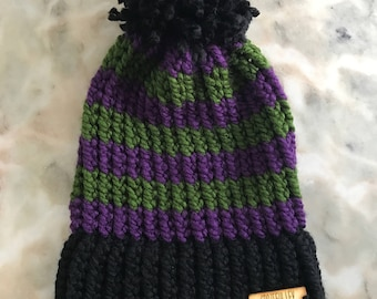 Toddler Loom Knit Winter Hat with Pom Pom. 6-12 months. Black/Purple/Forest Green, Charisma, Loops & Threads Yarn. Wooden Logo Tag.