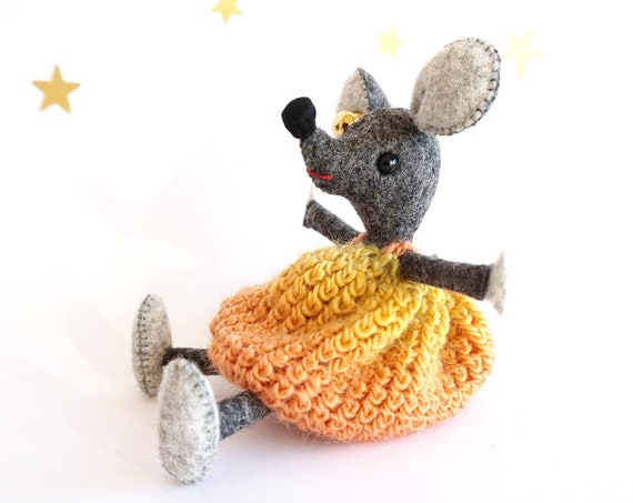 Wool Felt Mouse, Handmade, Fantasy doll, Little Mouse