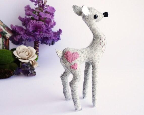 Grisito el Cervatillo, escultura blanda de ciervo