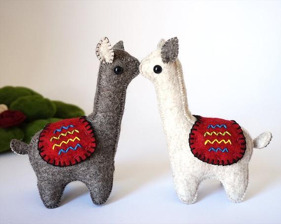 Animal Wdding Couple, Stuffed Animal Wedding, Llama Plush Toy