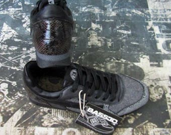 f33bd57e2a Bass30 Black and Grey sneakers