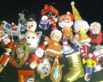 Vintage Christmas Ornaments Lot ************1950s-1960's*****