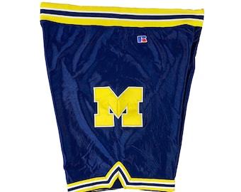 90s Fab Five Michigan Basketball Shorts Team Issue by Russell Athletic (XL)