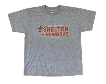 "Shelton Fireworks Stand ""The Cool Bang"" T-Shirt (L)"