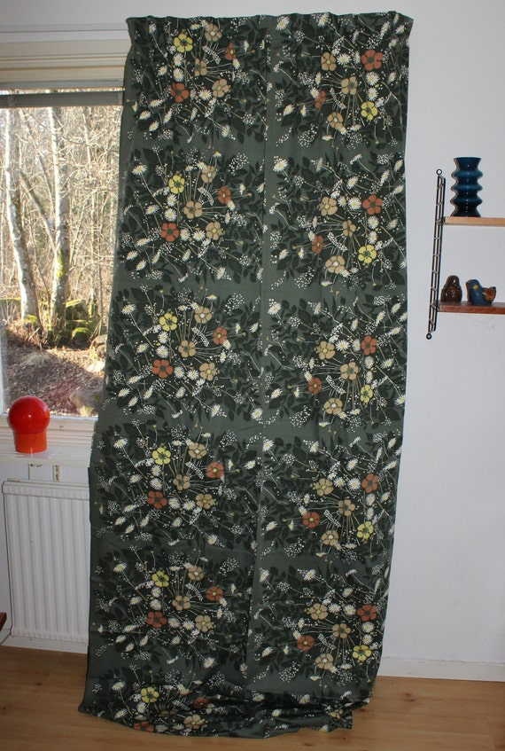 Fantastic vintage pair of Curtain lengths with retro flowers Made in Sweden Scandinavian. birds and lace