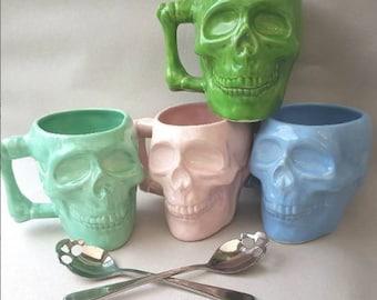 Spooky skull mug, skully mug, skull cup, goth wedding gift, gothic wedding, pastel skull mug, Goth skull, Ceramic skull, Halloween mug