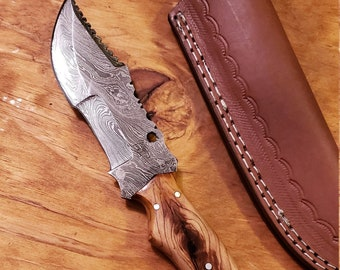 Olive Wood Handle Hunting Knife Damascus Blade With Leather Sheath Outdoors Tools (K526)