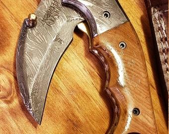 Folding Pocket Knife Olive Wood Handle Damascus Karambit Outdoors Tools (K441)