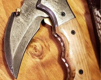 Folding Pocket Knife Olive Wood Handle Damascus Karambit Outdoors Tools (K439)
