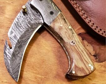 Folding Pocket Knife Olive Wood Handle Damascus Karambit Outdoors Tools (K472)