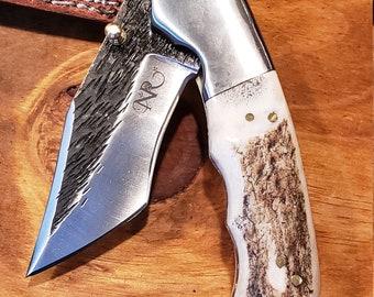 Folding Pocket Knife Deer Antler Stag Horn Hammered Steel Outdoors Tools (J10)