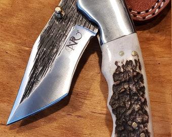 Folding Pocket Knife Deer Antler Stag Horn Hammered Steel Outdoors Tools (J9)