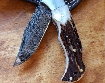 Deer Antler Folding Pocket Knife Damascus Blade Stag Horn Leather Sheath Premium Outdoors Tools (K671)