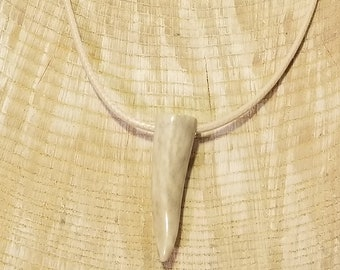 Real Deer Antler Tine Tip Pendant Leather Necklace Native American Tribal Collection Hunting Outdoors (N336)