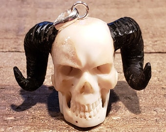 Deer Antler Carved Demon Skull Pendant Necklace Devil Stag Horn Jewelry Rustic Hunting Nature (N723)