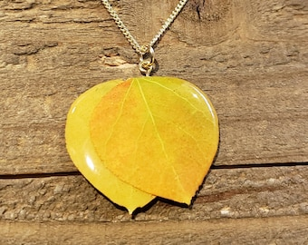 Real Preserved Double Aspen Leaf In Resin Necklace Pendant Outdoor Rustic Nature Earth Jewelry Tree Plant (N593)