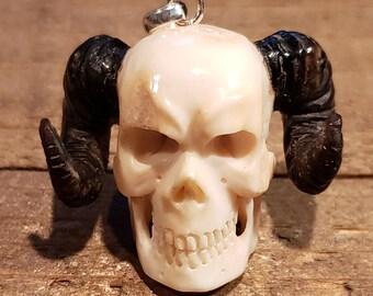Deer Antler Carved Demon Skull Pendant Necklace Devil Stag Horn Jewelry Rustic Hunting Nature (N720)