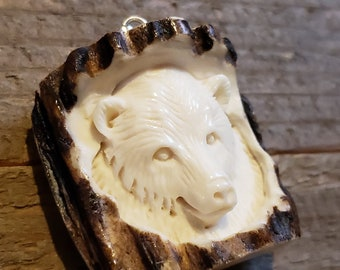 Real Deer Antler Carved Bear Pendant Necklace Tribal Stag Jewelry Rustic Hunting Nature Wild (N371)