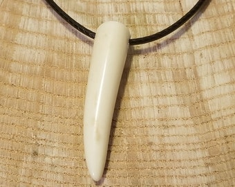 Real Deer Antler Tine Tip Pendant Leather Necklace Native American Tribal Collection Hunting Outdoors (N344)