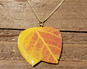 Real Double Aspen Leaf In Resin Necklace Pendant Outdoor Rustic Nature Earth Jewelry Tree Plant (N675)