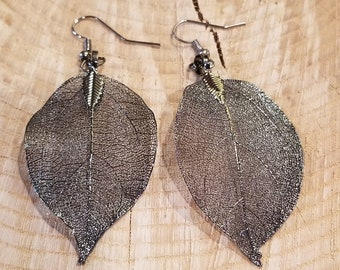 Real Black Alloy Dipped Leaf Dangle Earrings Nature Outdoor Earth Jewelry Beautiful (E179)