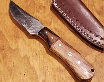 Olive Wood Handle Hunting Knife Damascus Blade With Leather Sheath Outdoors Tools (K368)