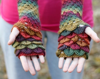 Dragon Scale Fingerless Gloves / Wrist Warmers