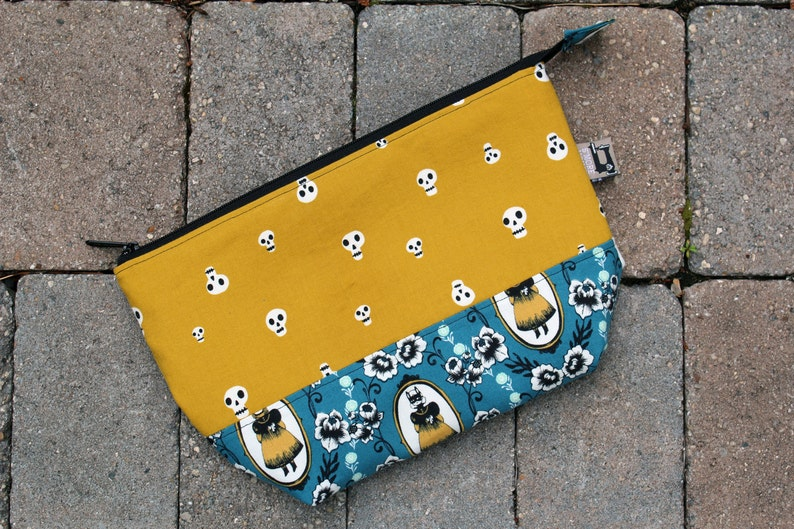 Large Ophelia/'s Charms Open Wide Pouch Project Bag Makeup Bag