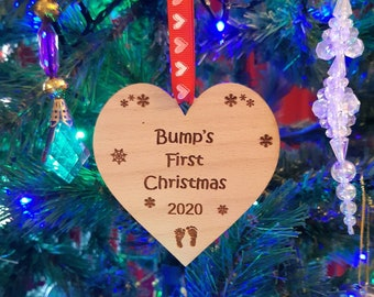 BUMP'S First Christmas Tree Decoration, Baby Shower, Wooden Bauble, Pregnancy Gift Keepsake, Expectant Mum and Dad-to-be 2021, Bump Ornament