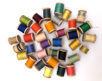 Lot of 35 Wooden Spools with Thread - Cottage Chic Decor - Farmhouse - Crafts
