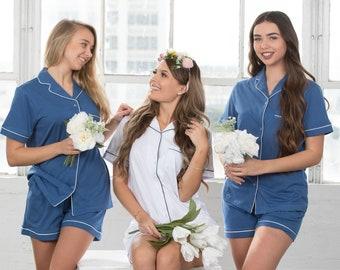 fc56e4404703 Customized Pajama Set   Pyjama Set  Bridesmaid Pajama   Bridesmaid Gift   Bridal Gift  Cotton pjs Bridesmaid robes