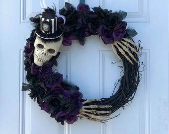 Purple And Black Skull Grapevine Wreath / Skull Wreath / Grapevine Wreath/ Halloween Wreath/ Halloween Decor