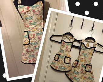 Customize your own Mommy and Me Apron set