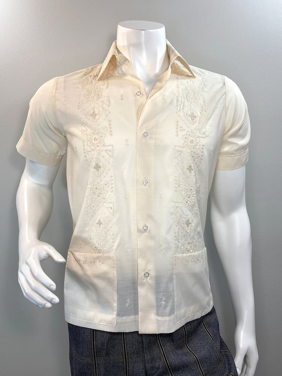 Vintage 1970s Egg Shell Hand Embroidered Guayabera