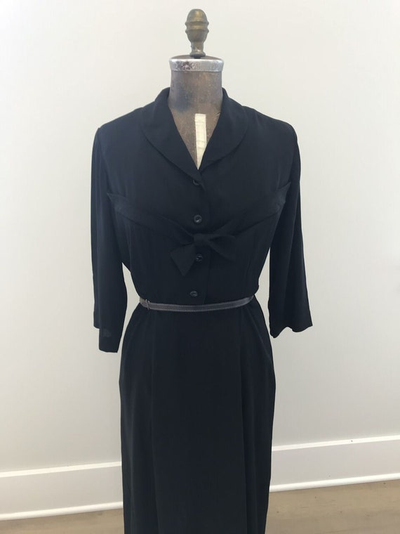 Vintage Plus Size 1940s/1950s Black Rayon Day Dres