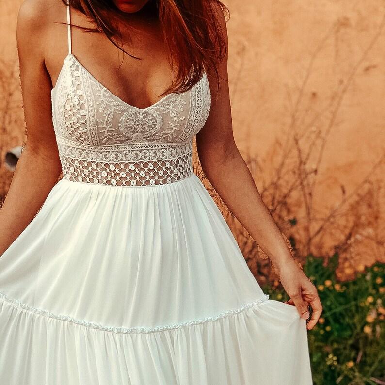 5d034b1c9d Open back Wedding Dress Lace Ivory BOHO Chiffon Skirt