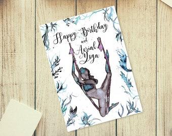 Biglietto di auguri di buon compleanno Yoga Aereo. Misure: 15x21cm. Formato jpeg, ad alta risoluzione 300 dpi. Pronto per essere stampato.