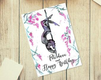 Biglietto di auguri di buon compleanno Pole Dance. Misure: 15 x 21 cm formato jpeg ad alta risoluzione 300 dpi. Pronto per essere stampato.