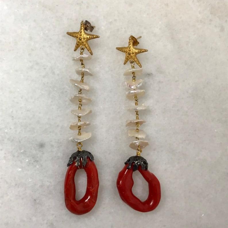 9488ecdf2f2d Boucles doreilles corail rouge longues boucles perles et